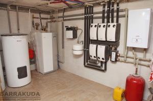 Приготовление горячей воды обеспечивает высокоєффективный бойлер с увеличенным теплообменником, что позволяет увеличить экономичность теплового насоса. ГВС имеет приоритет над отоплением.