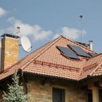 Плоские солнечные коллектора, монтаж на скатной крыше установить