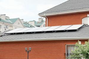 Семь эффективных солнечных коллекторов пятого поколения Logasol SKS5,0 с КПД 82,4 % и апертурной поверхностью коллектора 2,25 м.кв.